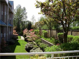 "Photo 4: 209 11609 227TH Street in Maple Ridge: East Central Condo for sale in ""EMERALD MANOR"" : MLS®# V862542"