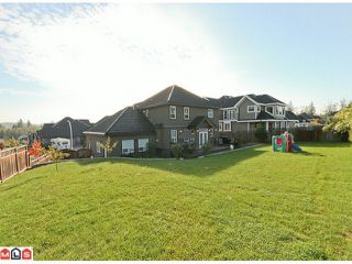 Photo 10: 9361 164A Street in Surrey: Fleetwood Tynehead House for sale : MLS®# F1102915