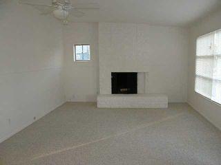 Photo 4: OCEAN BEACH House for sale : 2 bedrooms : 4393 Santa Cruz Ave in San Diego
