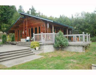 Main Photo: 980 JOE Road in Roberts_Creek: Roberts Creek House for sale (Sunshine Coast)  : MLS®# V749561
