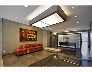 """Photo 2: 215 2851 HEATHER Street in Vancouver: Fairview VW Condo for sale in """"FAIRVIEW"""" (Vancouver West)  : MLS®# V751170"""