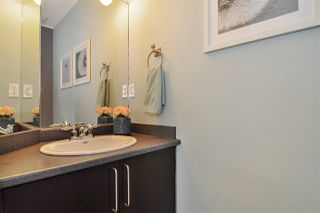 """Photo 17: 40 6575 192 Street in Surrey: Clayton Townhouse for sale in """"IXIA"""" (Cloverdale)  : MLS®# R2410313"""