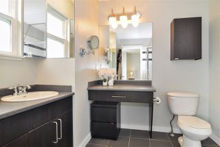 """Photo 10: 40 6575 192 Street in Surrey: Clayton Townhouse for sale in """"IXIA"""" (Cloverdale)  : MLS®# R2410313"""