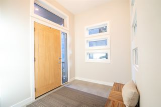 Photo 2: 2605 WHEATON Close in Edmonton: Zone 56 House for sale : MLS®# E4183433