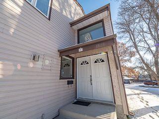 Photo 2: 76 GRANDIN Wood: St. Albert Townhouse for sale : MLS®# E4192530