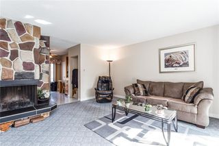 Photo 4: 2313 PINEWOOD Drive SE in Calgary: Southview Detached for sale : MLS®# C4294163