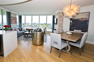 "Photo 12: 705 1328 MARINASIDE Crescent in Vancouver: Yaletown Condo for sale in ""THE CONCORD"" (Vancouver West)  : MLS®# R2463827"