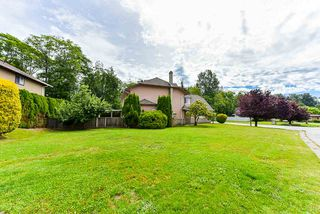 Photo 2: 14307 86A Avenue in Surrey: Bear Creek Green Timbers House for sale : MLS®# R2469968