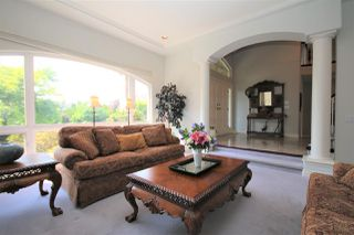 "Photo 8: 5570 123 Street in Surrey: Panorama Ridge House for sale in ""Panorama Ridge South"" : MLS®# R2472440"