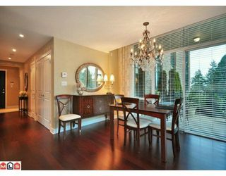 Photo 3: 104 14824 N BLUFF Road: White Rock Home for sale ()  : MLS®# F1003073