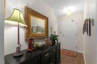 "Photo 2: 200 1150 54A Street in Delta: Tsawwassen Central Condo for sale in ""THE LEXINGTON"" (Tsawwassen)  : MLS®# R2505528"