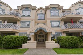 "Photo 1: 200 1150 54A Street in Delta: Tsawwassen Central Condo for sale in ""THE LEXINGTON"" (Tsawwassen)  : MLS®# R2505528"