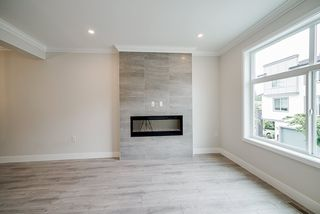"""Photo 6: 82 15665 MOUNTAIN VIEW Drive in Surrey: Grandview Surrey Townhouse for sale in """"Imperial"""" (South Surrey White Rock)  : MLS®# R2524858"""