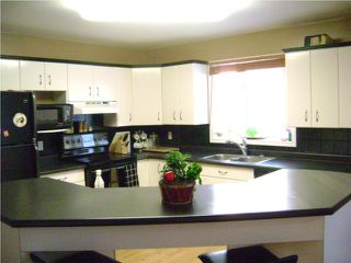 Photo 3:  in NIVERVILLE: Glenlea / Ste. Agathe / St. Adolphe / Grande Pointe / Ile des Chenes / Vermette / Niverville Residential for sale (Winnipeg area)  : MLS®# 1000405