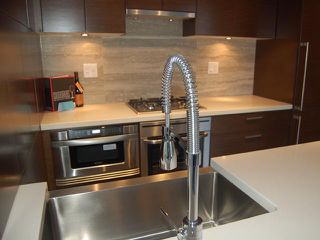 "Photo 3: 1205 535 SMITHE Street in Vancouver: Downtown VW Condo for sale in ""DOLCE AT SYMPHONY PLACE"" (Vancouver West)  : MLS®# V859110"