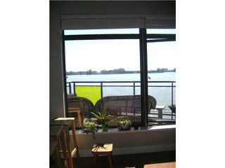 "Photo 16: 404 14300 RIVERPORT Way in Richmond: East Richmond Condo for sale in ""WATERSTONE PIER"" : MLS®# V866071"