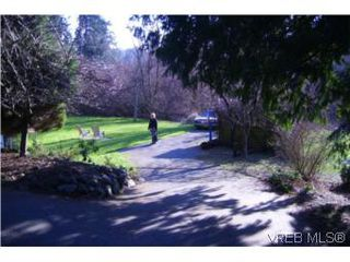 Photo 10: 3011 Glen Lake Rd in VICTORIA: La Glen Lake House for sale (Langford)  : MLS®# 501091