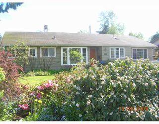 "Photo 1: 1567 MCBRIDE Street in North_Vancouver: Norgate House for sale in ""NORGATE"" (North Vancouver)  : MLS®# V766836"