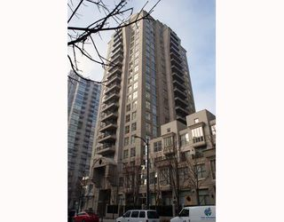 """Photo 1: 1402 989 RICHARDS Street in Vancouver: Downtown VW Condo for sale in """"The Mondrian I"""" (Vancouver West)  : MLS®# V776612"""