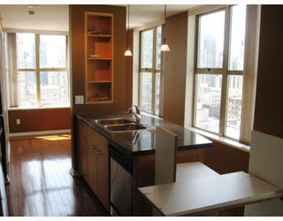 """Photo 4: 1402 989 RICHARDS Street in Vancouver: Downtown VW Condo for sale in """"The Mondrian I"""" (Vancouver West)  : MLS®# V776612"""