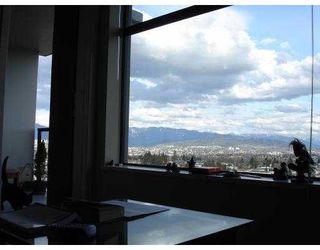 Photo 3: 2310 5380 OBEN Street in Vancouver: Collingwood VE Condo for sale (Vancouver East)  : MLS®# V779696