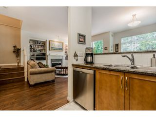 """Photo 9: 69 15 FOREST PARK Way in Port Moody: Heritage Woods PM Townhouse for sale in """"Discovery Ridge"""" : MLS®# R2398832"""