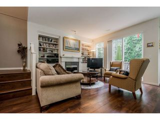 """Photo 3: 69 15 FOREST PARK Way in Port Moody: Heritage Woods PM Townhouse for sale in """"Discovery Ridge"""" : MLS®# R2398832"""