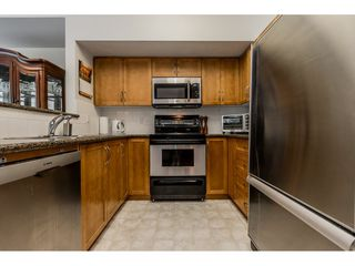 """Photo 8: 69 15 FOREST PARK Way in Port Moody: Heritage Woods PM Townhouse for sale in """"Discovery Ridge"""" : MLS®# R2398832"""