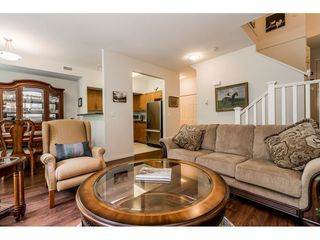 """Photo 5: 69 15 FOREST PARK Way in Port Moody: Heritage Woods PM Townhouse for sale in """"Discovery Ridge"""" : MLS®# R2398832"""