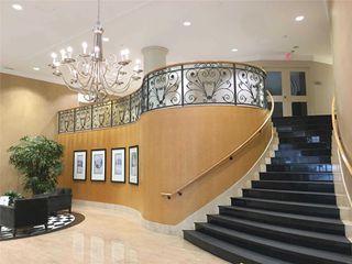 Photo 2: 212 10 Delisle Avenue in Toronto: Yonge-St. Clair Condo for lease (Toronto C02)  : MLS®# C4563007