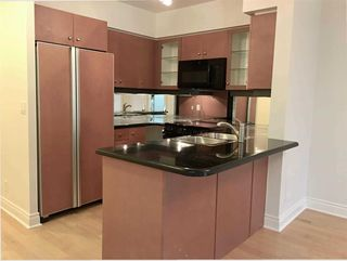 Photo 5: 212 10 Delisle Avenue in Toronto: Yonge-St. Clair Condo for lease (Toronto C02)  : MLS®# C4563007