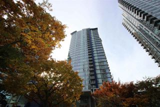 Photo 1: 501 111 W GEORGIA Street in Vancouver: Downtown VW Condo for sale (Vancouver West)  : MLS®# R2417055