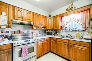 Photo 4: 4920 200 Street in Langley: Langley City House for sale : MLS®# R2425488
