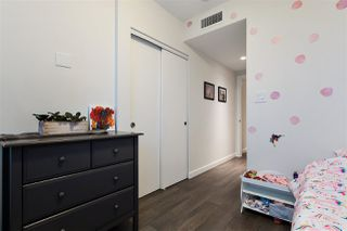 """Photo 16: 2104 125 E 14TH Street in North Vancouver: Central Lonsdale Condo for sale in """"Centreview"""" : MLS®# R2445521"""