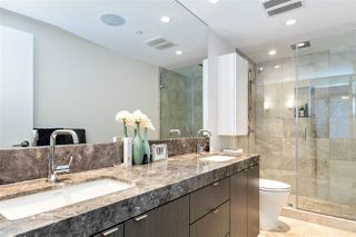 """Photo 7: 2104 125 E 14TH Street in North Vancouver: Central Lonsdale Condo for sale in """"Centreview"""" : MLS®# R2445521"""