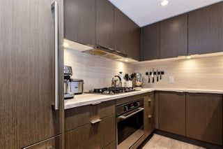 "Photo 9: 2104 125 E 14TH Street in North Vancouver: Central Lonsdale Condo for sale in ""Centreview"" : MLS®# R2445521"