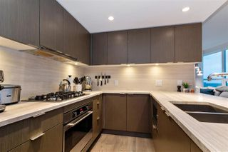 "Photo 8: 2104 125 E 14TH Street in North Vancouver: Central Lonsdale Condo for sale in ""Centreview"" : MLS®# R2445521"