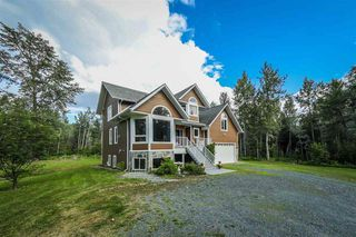Photo 1: 8391 WESTCREEK Road in Prince George: Cranbrook Hill House for sale (PG City West (Zone 71))  : MLS®# R2447287