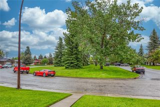 Photo 2: 12235 LAKE FRASER Way SE in Calgary: Lake Bonavista Detached for sale : MLS®# C4305846