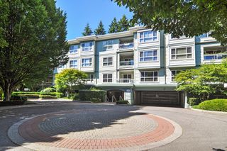 "Photo 21: 302 9018 208 Street in Langley: Walnut Grove Condo for sale in ""Cedar Ridge"" : MLS®# R2478634"