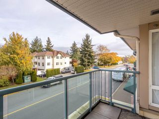 Photo 22: 211 9840 Fifth St in : Si Sidney North-East Condo for sale (Sidney)  : MLS®# 859317