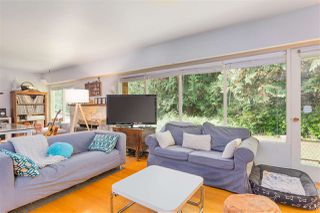 Photo 3: 696 KERRY Place in North Vancouver: Delbrook House for sale : MLS®# R2514981