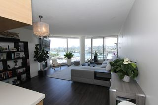 Photo 4: 1105 1201 Marinaside Cres in Vancouver: Yaletown Condo for rent (v)