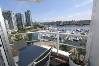 Photo 2: 1105 1201 Marinaside Cres in Vancouver: Yaletown Condo for rent (v)