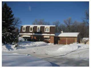 Photo 1: 19 DENTON Place in WINNIPEG: Charleswood Residential for sale (South Winnipeg)  : MLS®# 2900847
