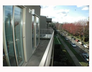 "Photo 8: 418 1820 W 3RD Avenue in Vancouver: Kitsilano Condo for sale in ""MONTEREY"" (Vancouver West)  : MLS®# V813307"