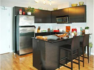 "Photo 4: 303 4118 DAWSON Street in Burnaby: Brentwood Park Condo for sale in ""Tandem"" (Burnaby North)  : MLS®# V832982"