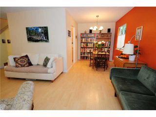 Photo 3: 2 1255 E 15TH Avenue in Vancouver: Mount Pleasant VE Townhouse for sale (Vancouver East)  : MLS®# V852184