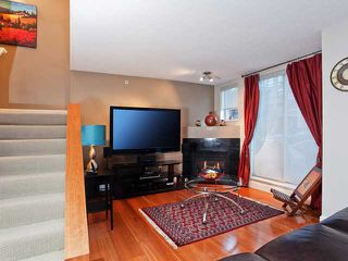 """Photo 2: 937 HOMER Street in Vancouver: Downtown VW Townhouse for sale in """"PINNACLE"""" (Vancouver West)  : MLS®# V866402"""
