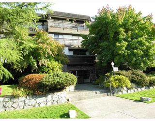 "Photo 1: 114 270 W 3RD Street in North_Vancouver: Lower Lonsdale Condo for sale in ""HAMPTON COURT"" (North Vancouver)  : MLS®# V740091"